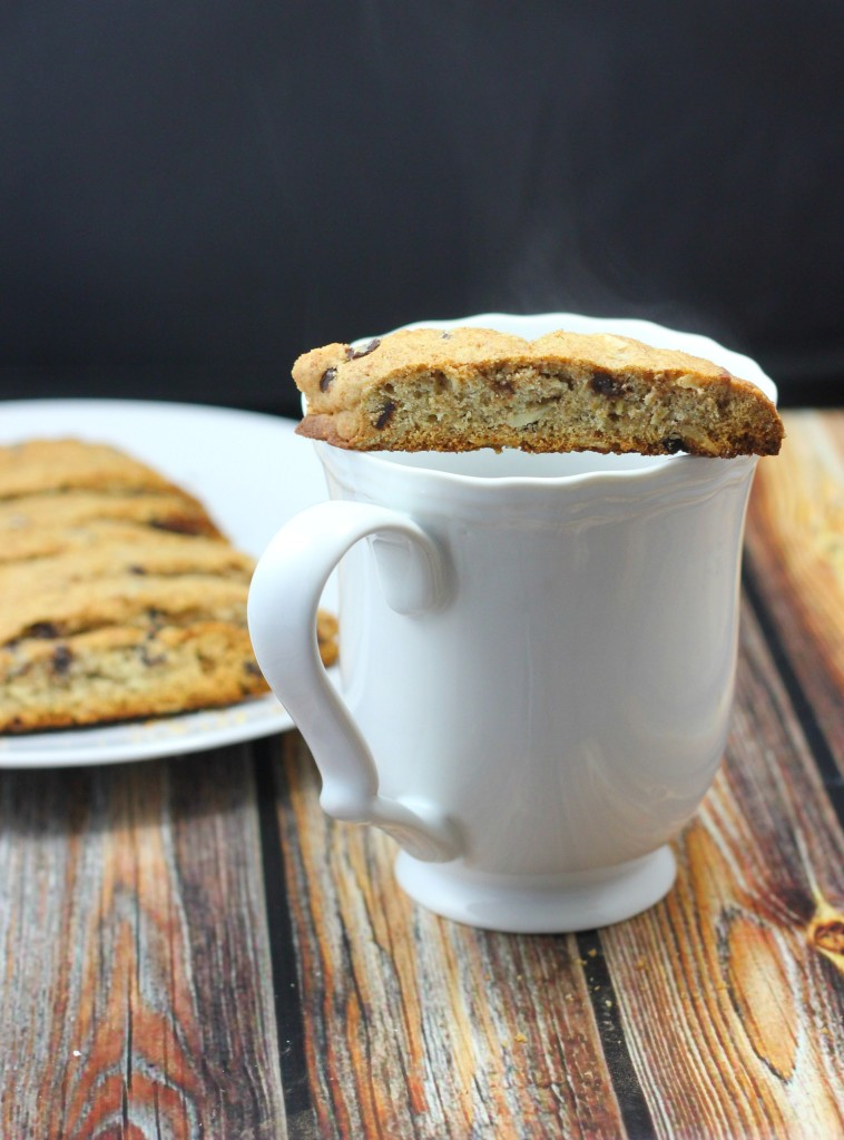biscotti-with-coffee-758x1024