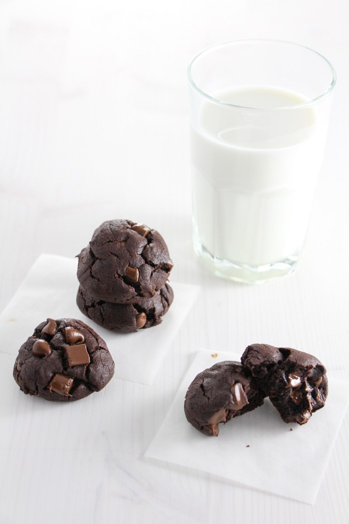 Chocolate-Black-Bean-Brownie-Cookies-17