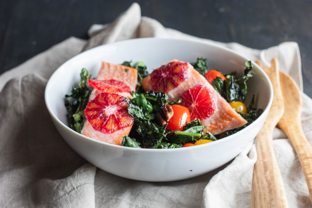 Roasted-Kale-and-Salmon-Detox-salad-5-1024x683
