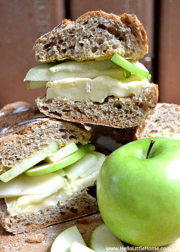 brie-and-apple-sandwich-4