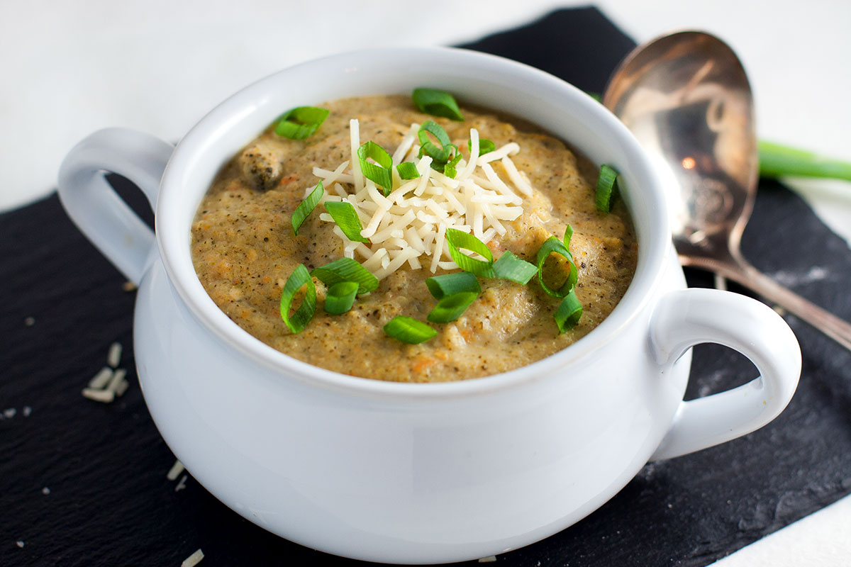 Broccoli-and-Cheese-Soup-01