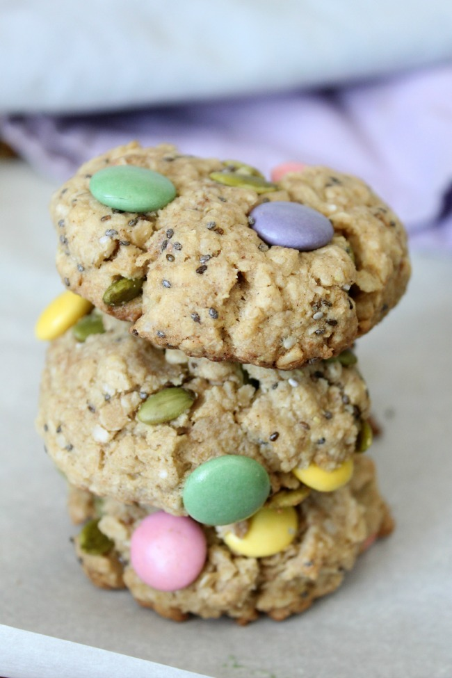 Healthy-Easter-Monster-Cookies-made-with-chia-pumpkin-seeds-quinoa-flakes-and-smarties